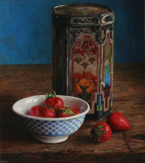 Kom aardbeien met scheef blikje
