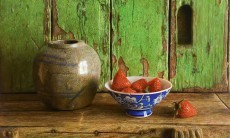 Ginger jar and strawberries